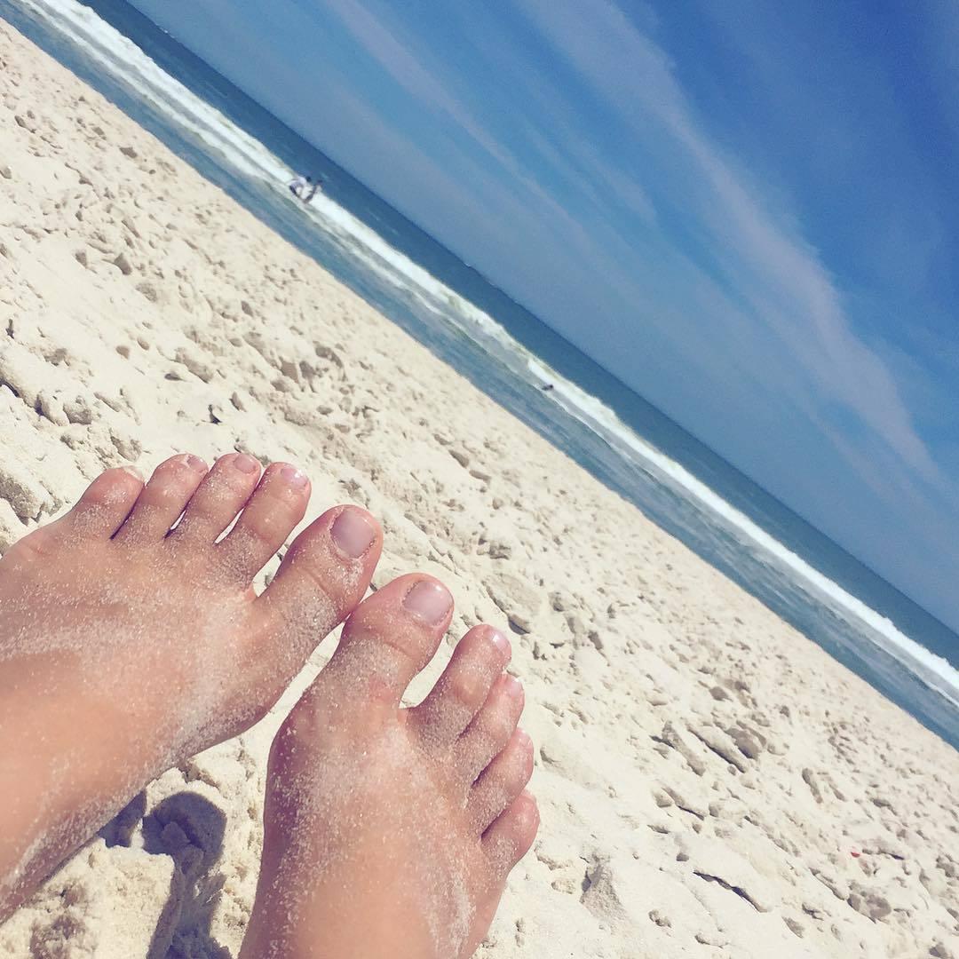 Bikini Feet Olivia Lua naked photo 2017