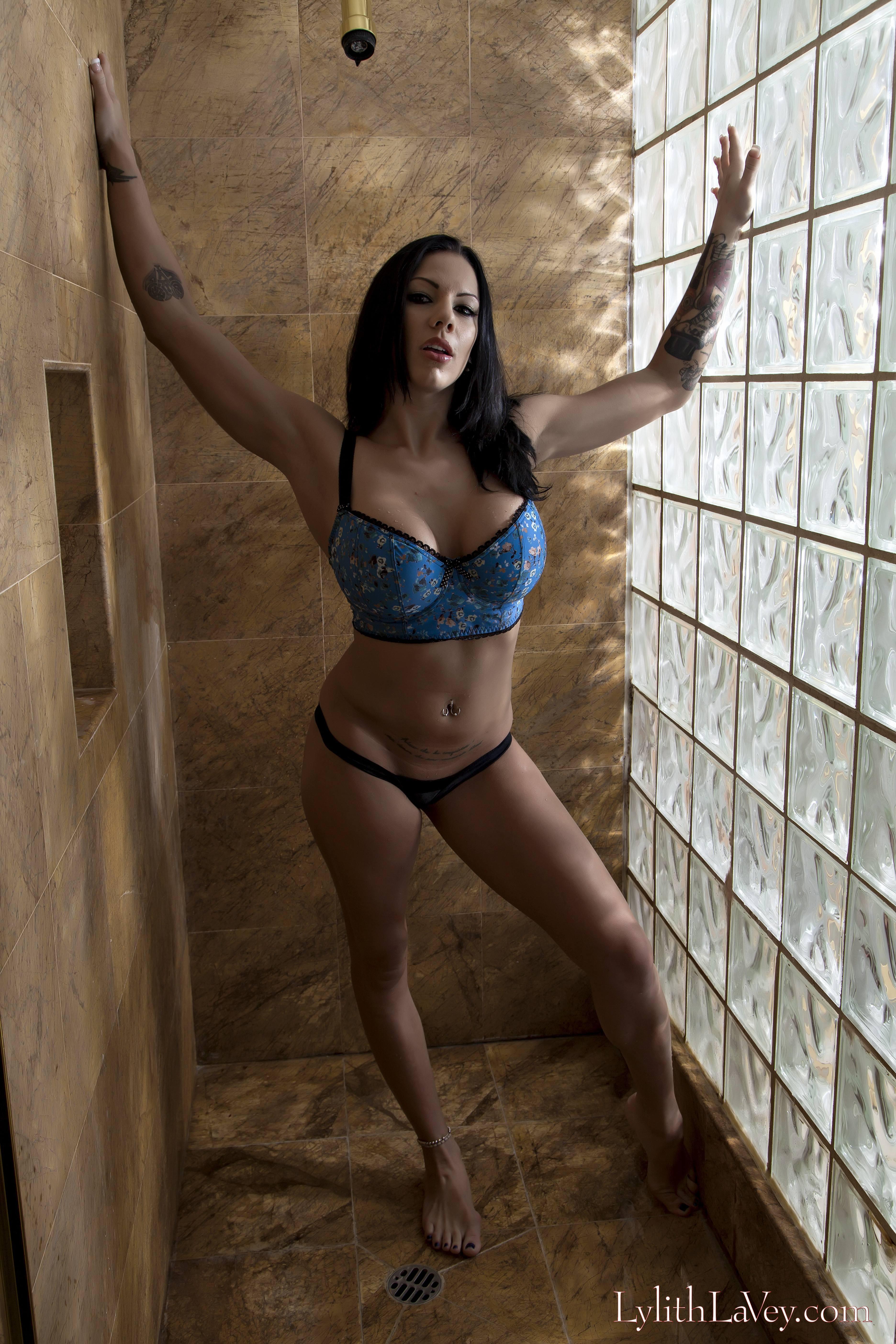 Lylith Lavey Nude Photos 87