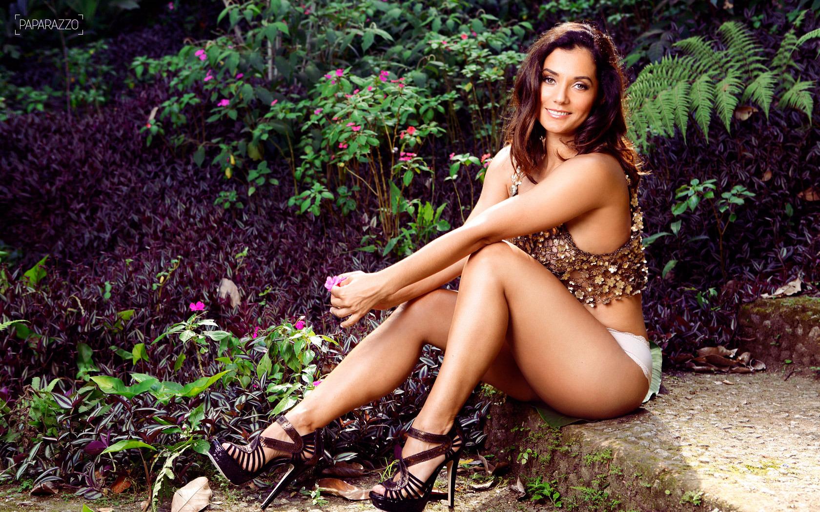 Feet Monica Carvalho naked (22 photo), Tits, Paparazzi, Boobs, cameltoe 2018