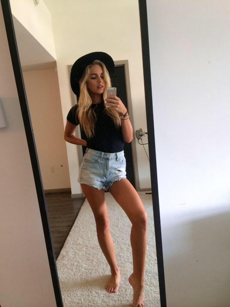 Feet Madison Louch nudes (37 photos), Pussy, Is a cute, Feet, see through 2017