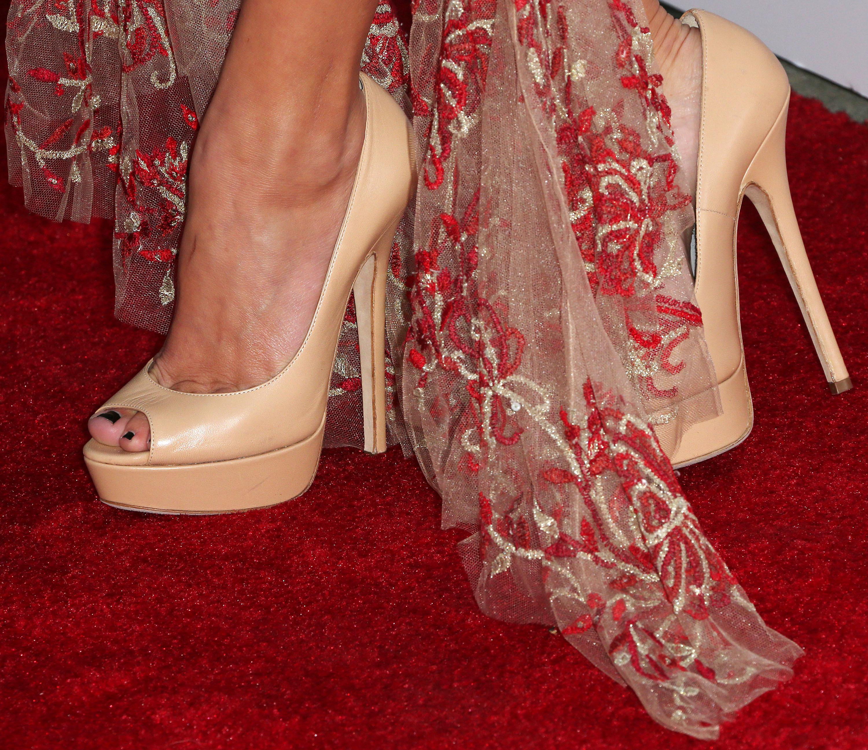 Maika Monroe's Feet