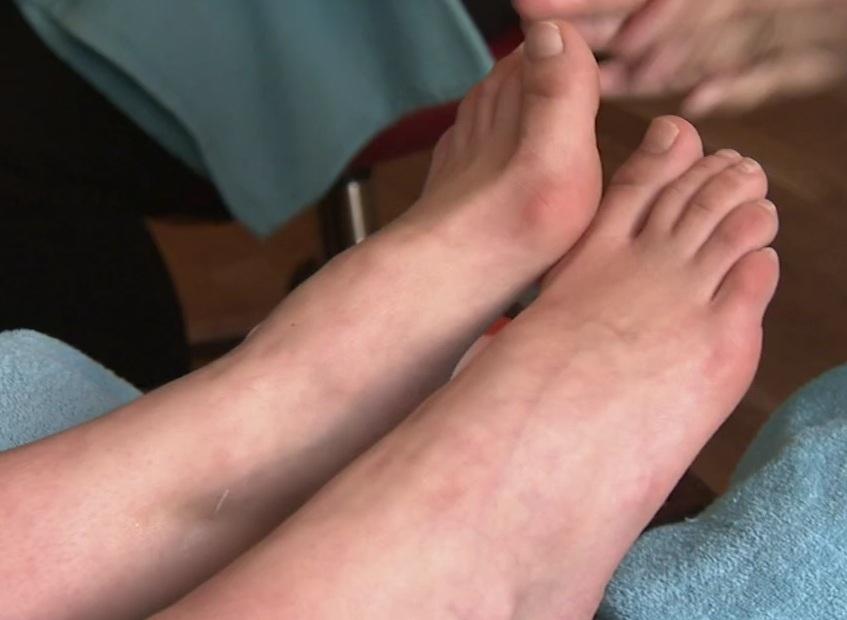 charlotte kalla feet
