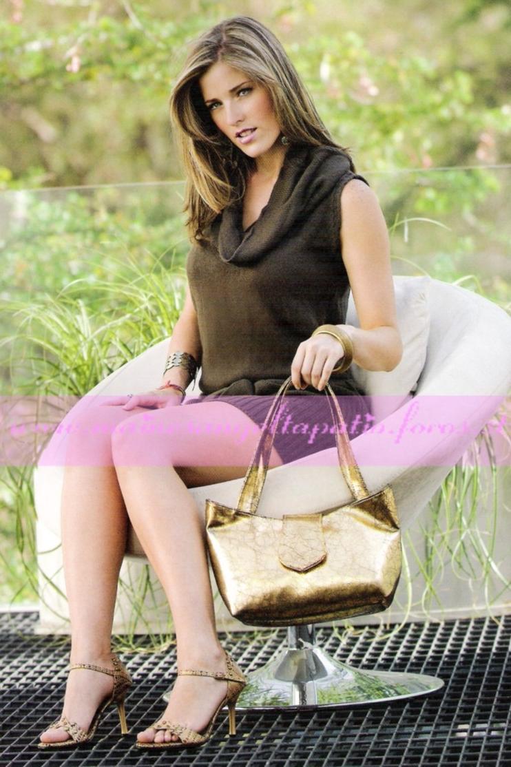 Pamela anderson at playboy house with hugh hefner - 3 2