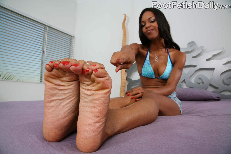 Marie luv feet