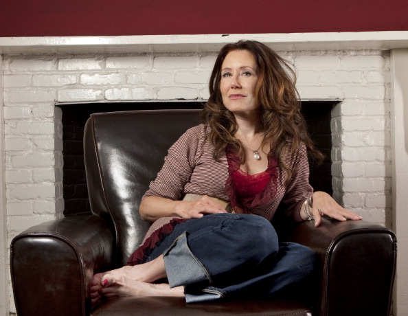 Mary mcdonnell sexy