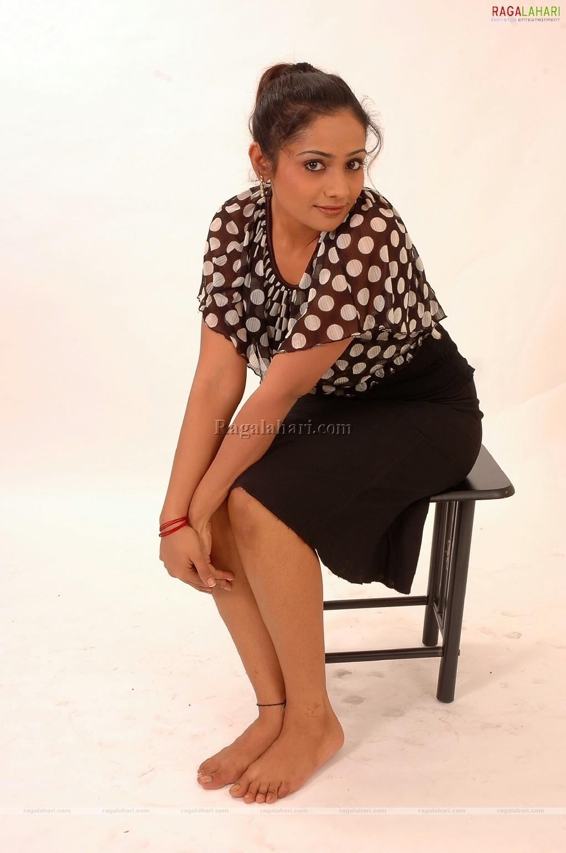 Cleavage Meera Vasudevan nude (16 photo) Hacked, YouTube, see through