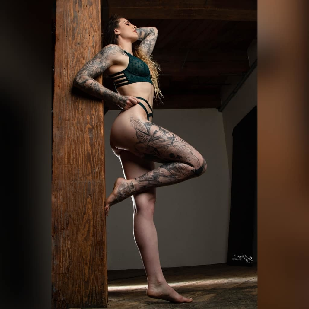 Ufc fighter megan anderson shows incredible physique in lingerie shoot