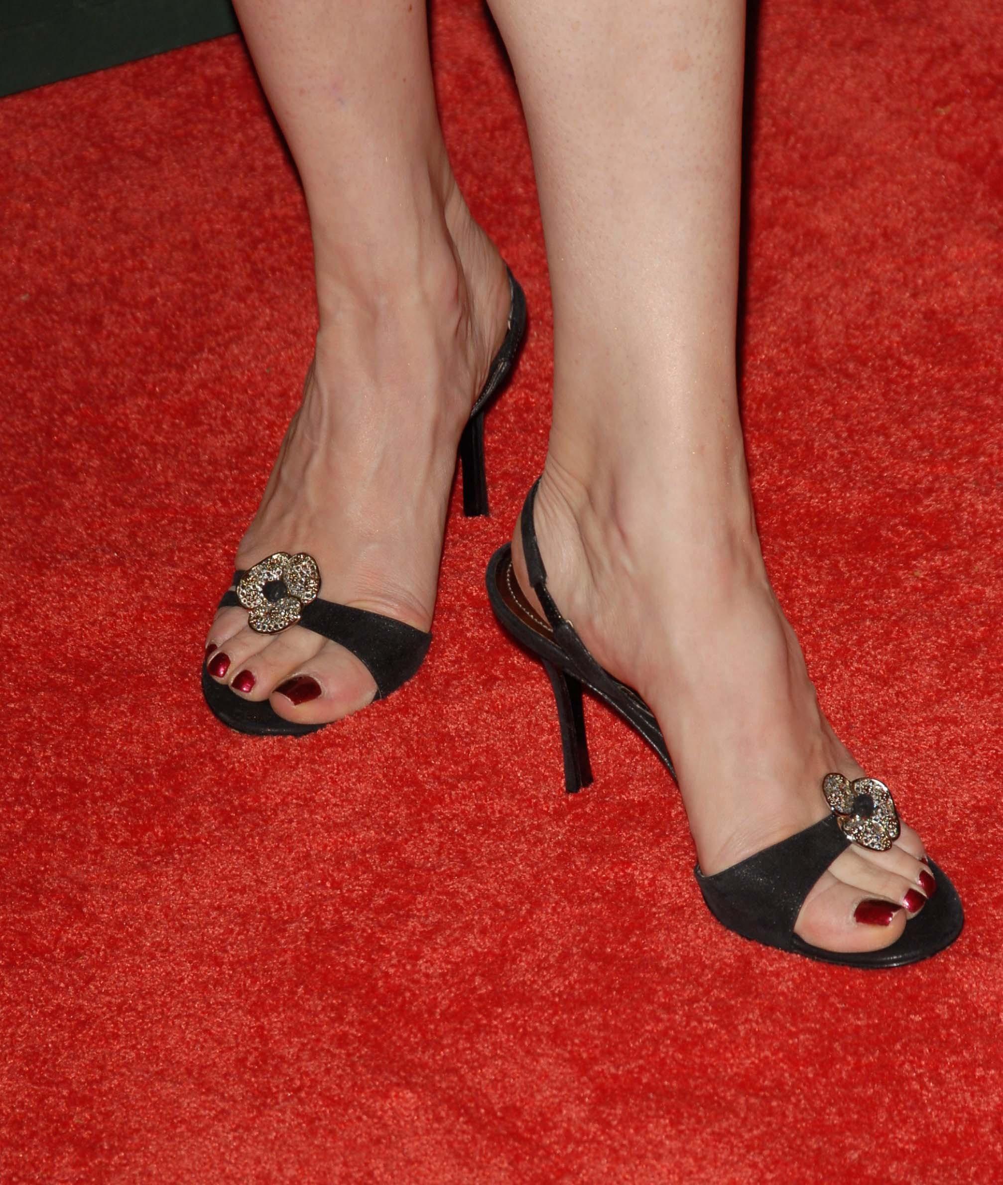 Melinda Clarke's Feet - download mobile porn