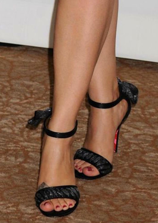 Joan hart feet related keywords amp suggestions melissa joan hart feet