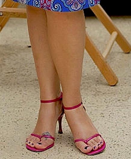 Sexy fat feet