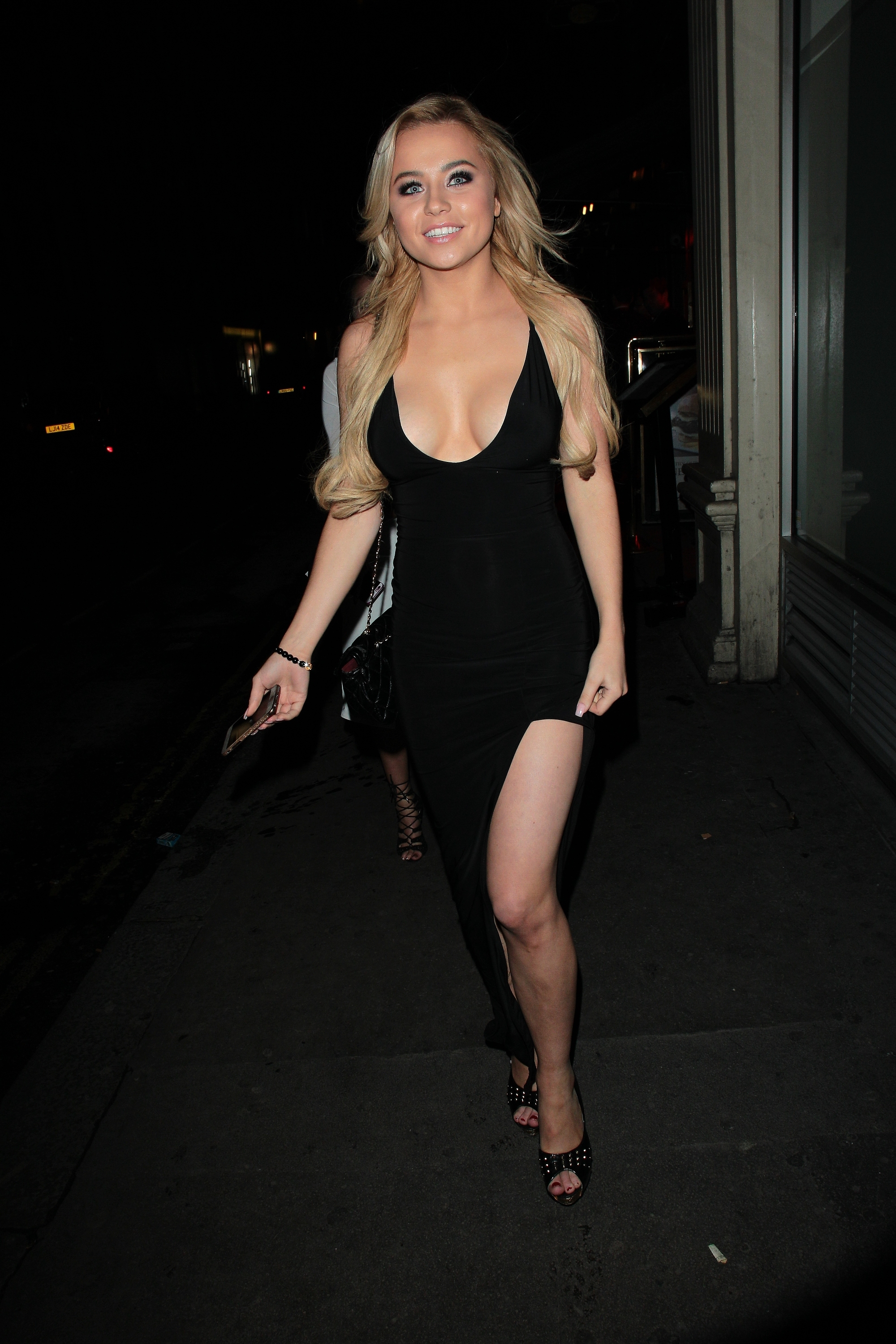 Feet DJ Melissa Reeves naked (75 foto and video), Sexy, Fappening, Feet, braless 2006