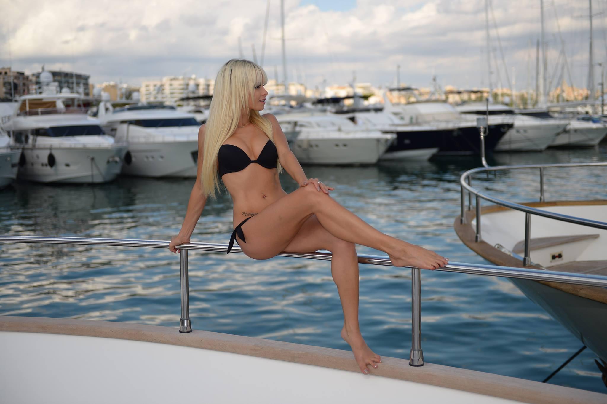 Feet Mia Julia Bruckner naked (53 foto and video), Ass, Paparazzi, Selfie, braless 2006