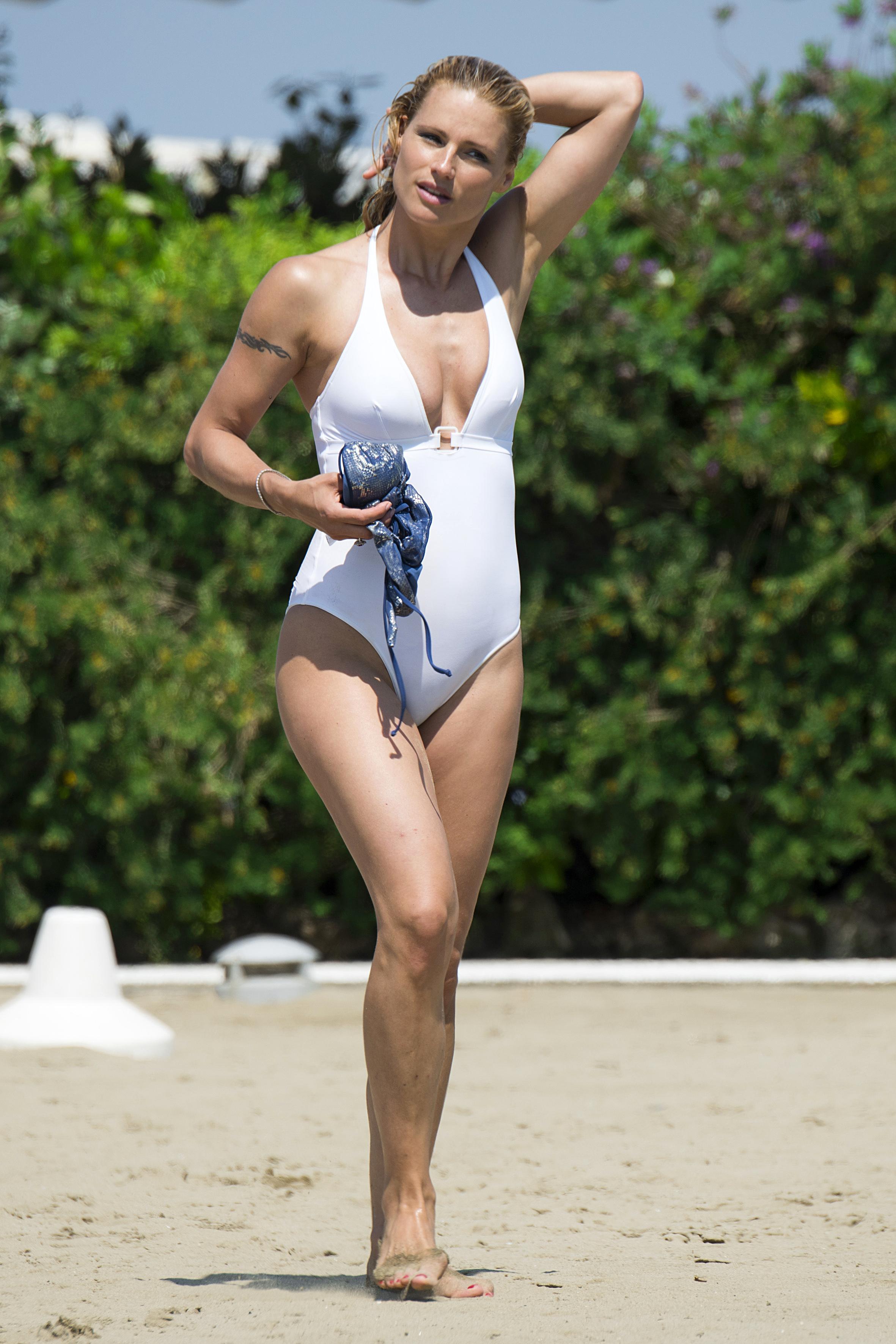 Michelle Hunziker naked (71 photo) Tits, iCloud, in bikini