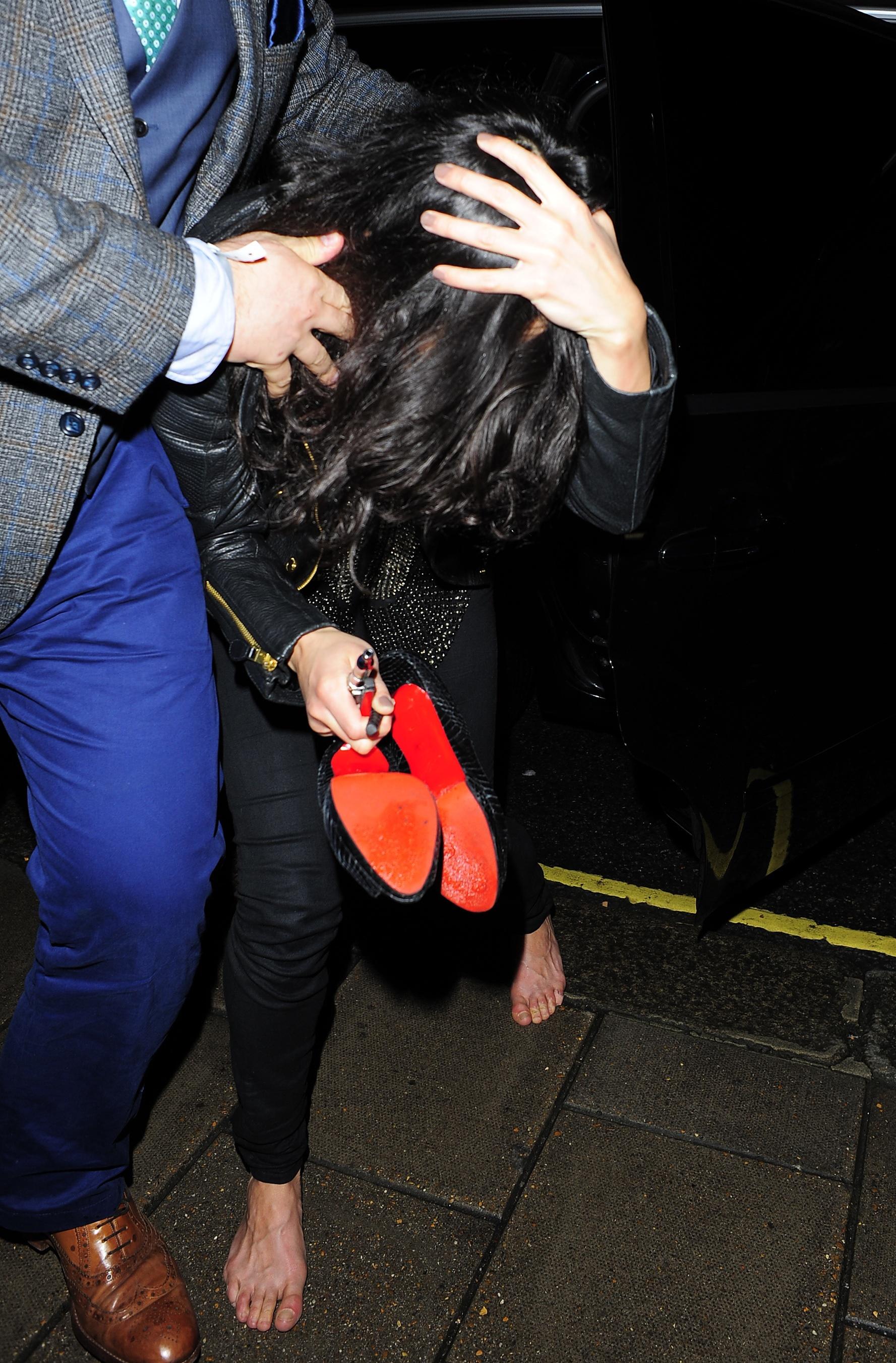 https://pics.wikifeet.com/Michelle-Rodriguez-Feet-1524114.jpg