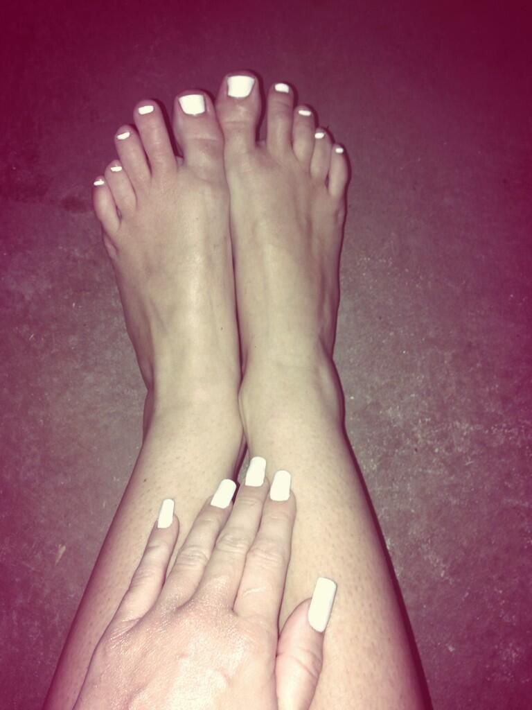 Miley Cyruss Feet-1191