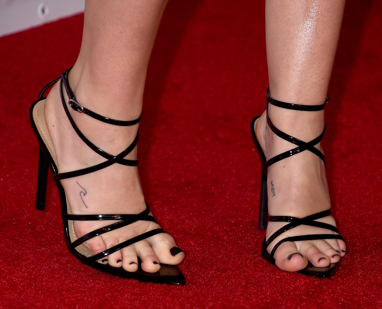Miley Cyrus's Feet