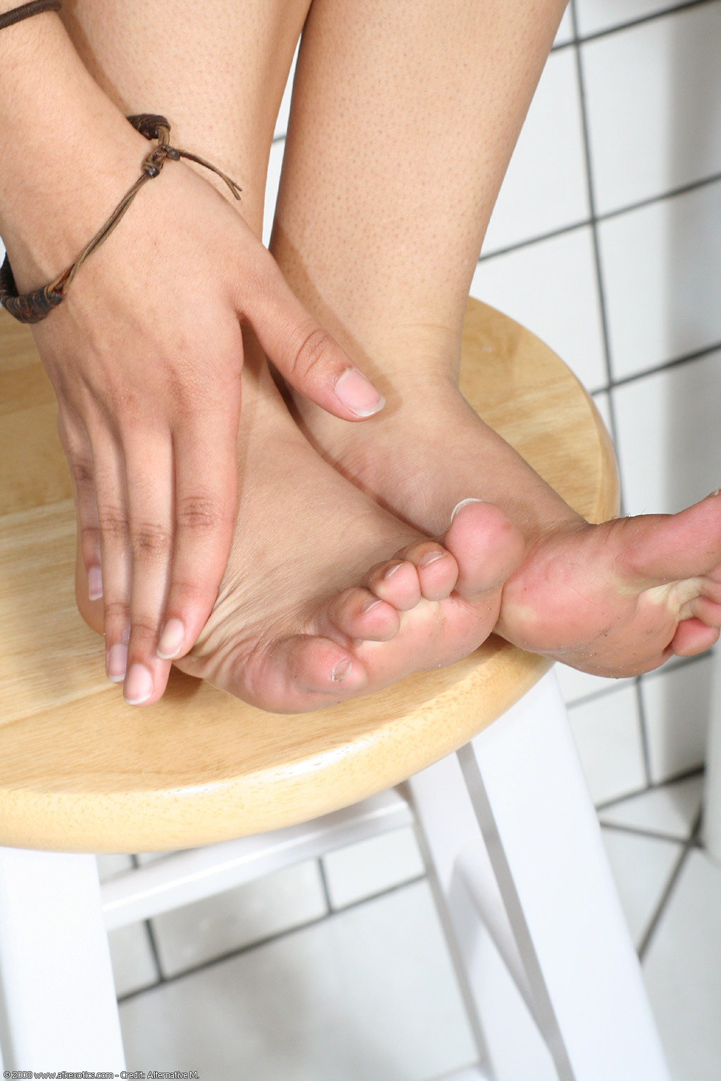 Allen feet mimi