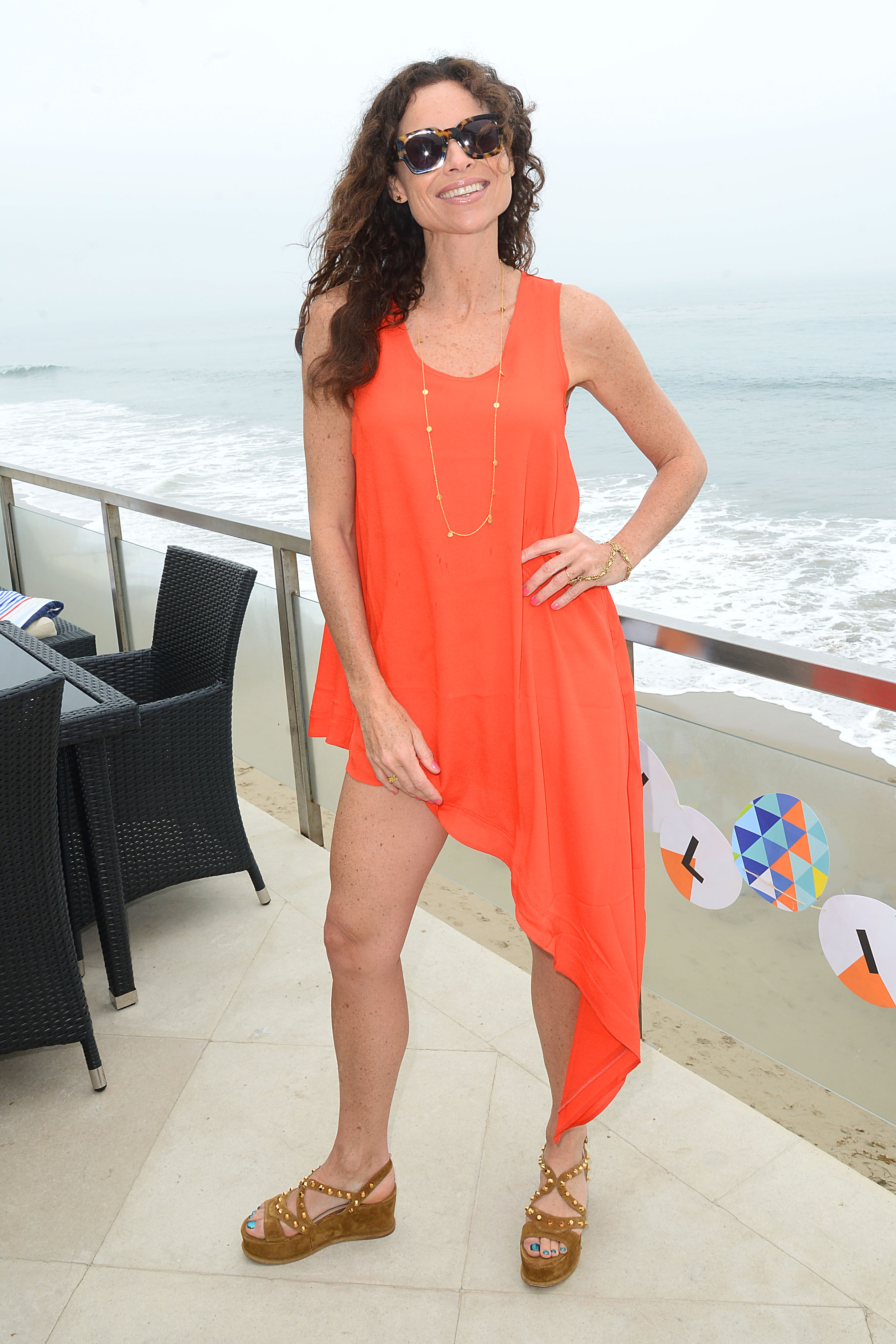Can find minnie driver feet sorry