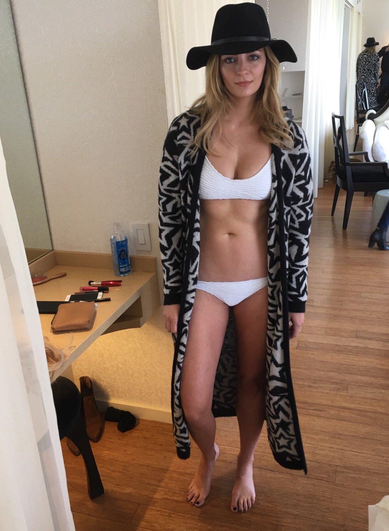 Young Ass Mischa Barton  naked (16 fotos), Instagram, underwear