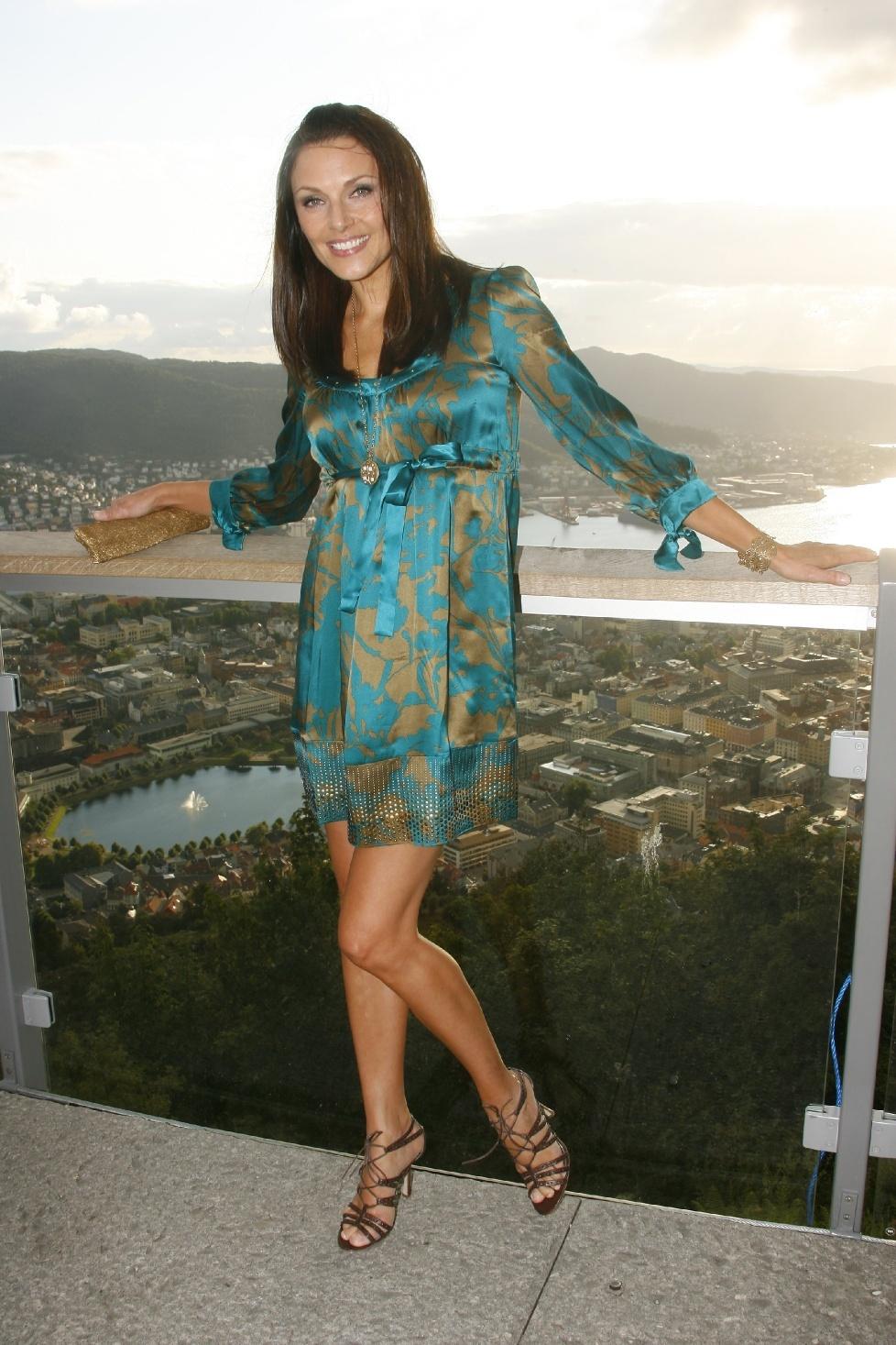 Mona Grudt's Feet Olivia Wilde Imdb