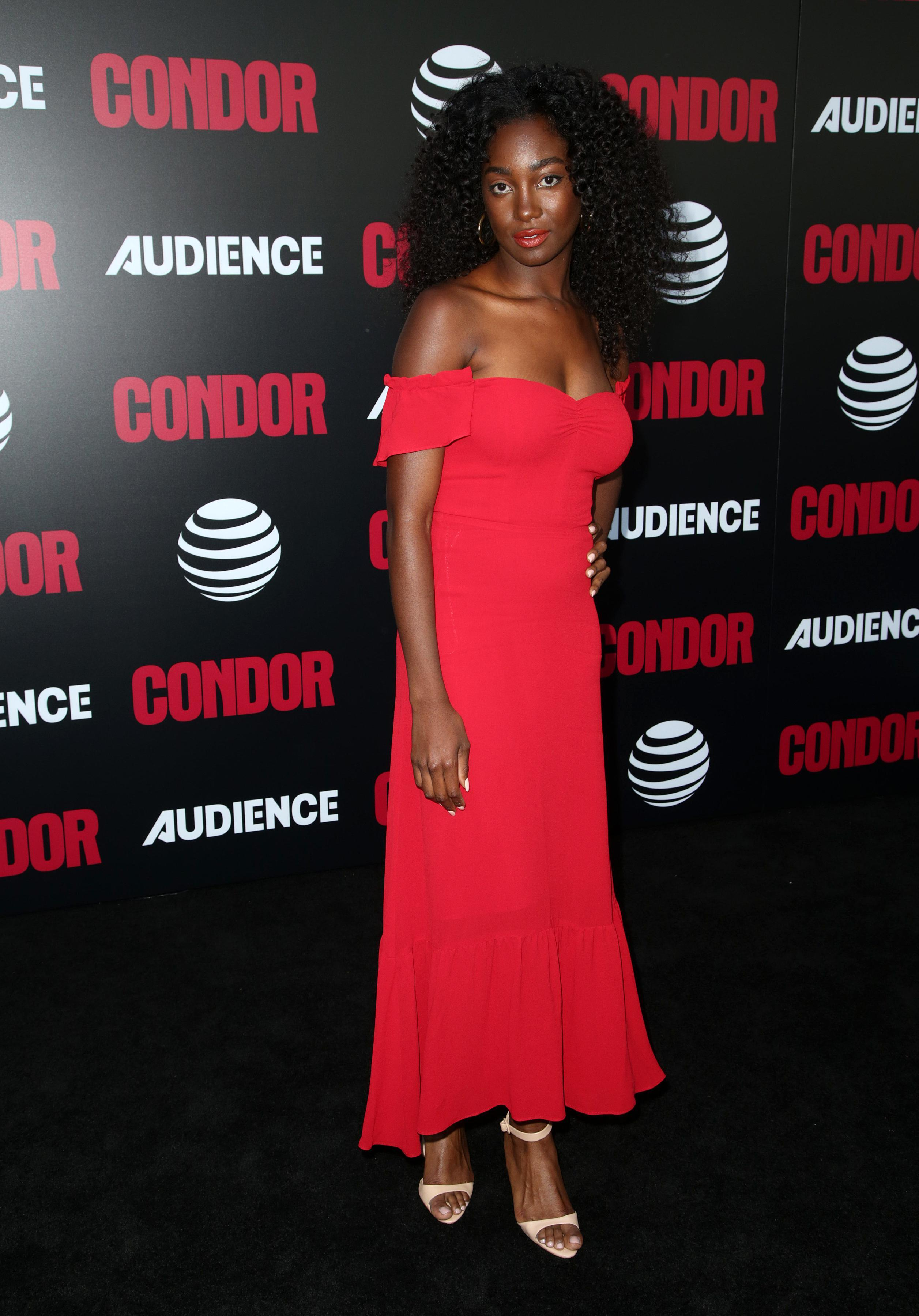 Feet Mouna Traore naked (44 photo), Topless, Cleavage, Instagram, see through 2017