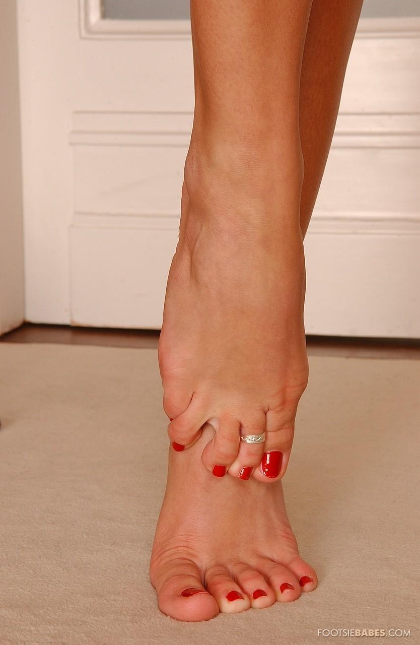 Feet mya pics diamond