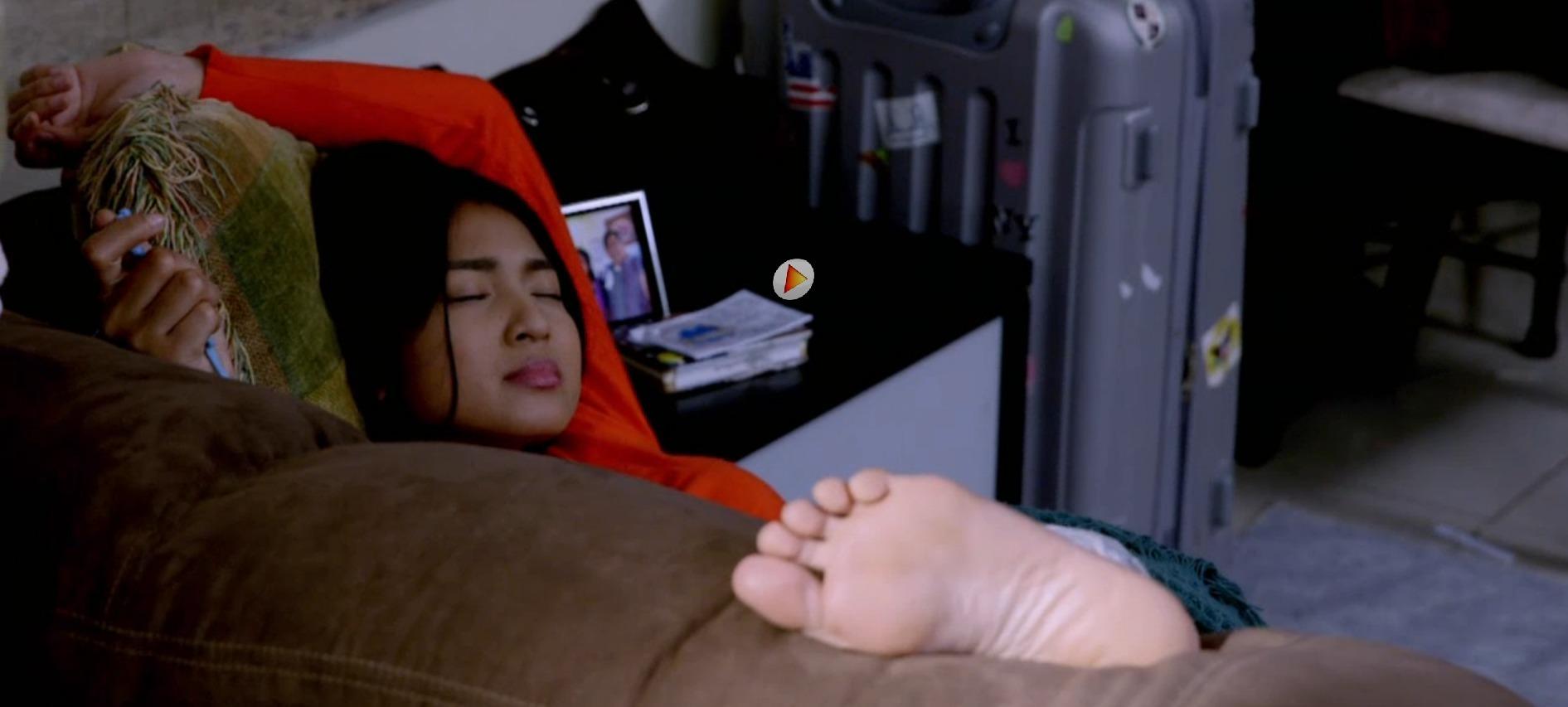Nadine Lustre's Feet