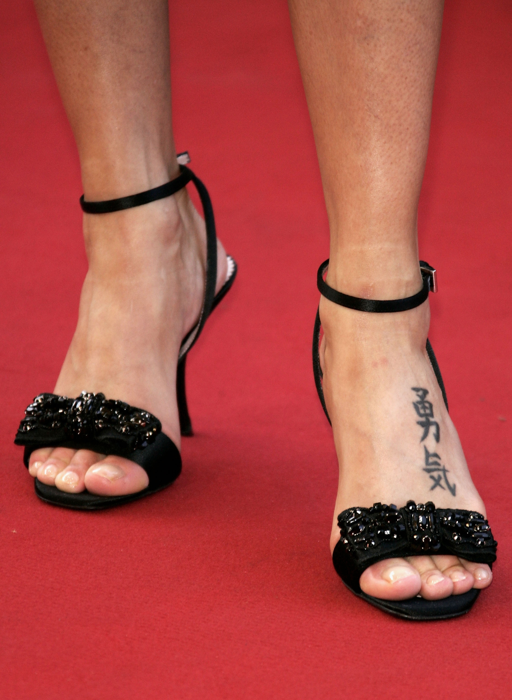 Natalie Imbruglia S Feet