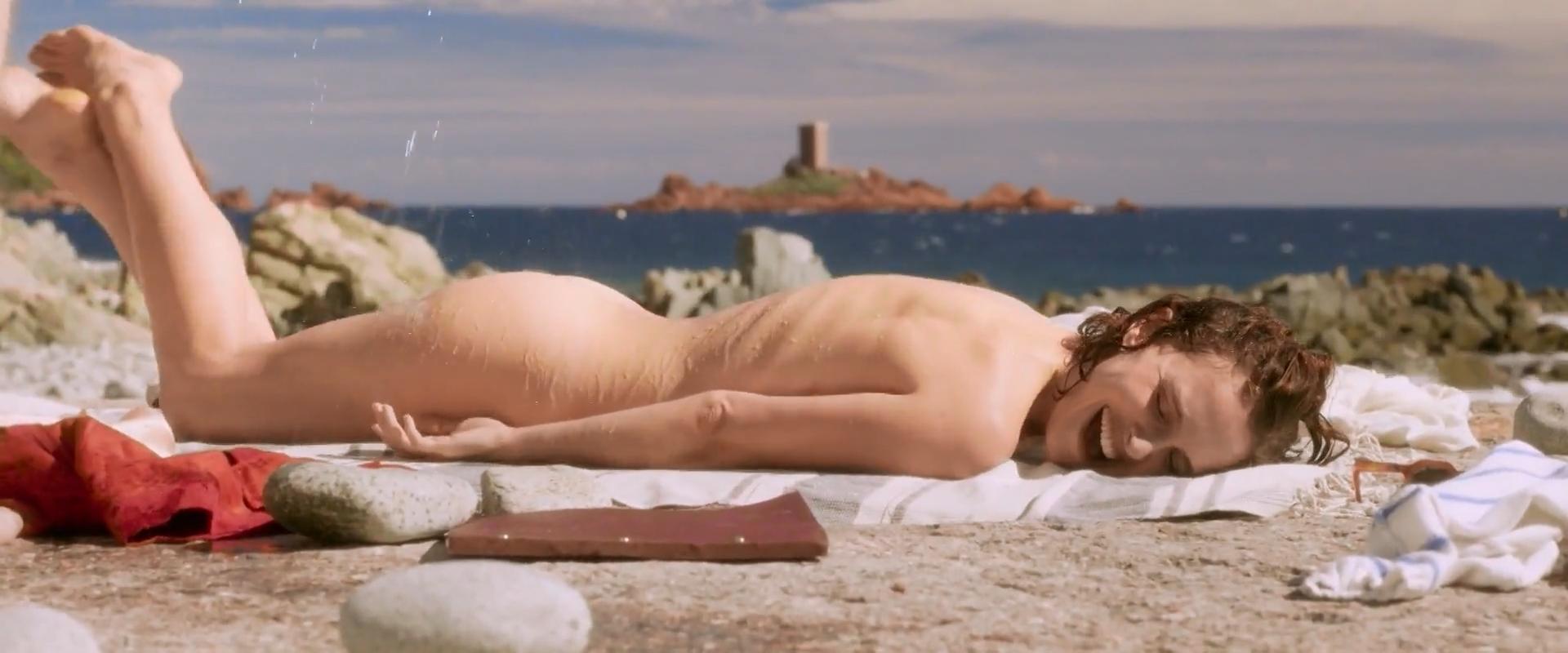 nude pics of natalie portman