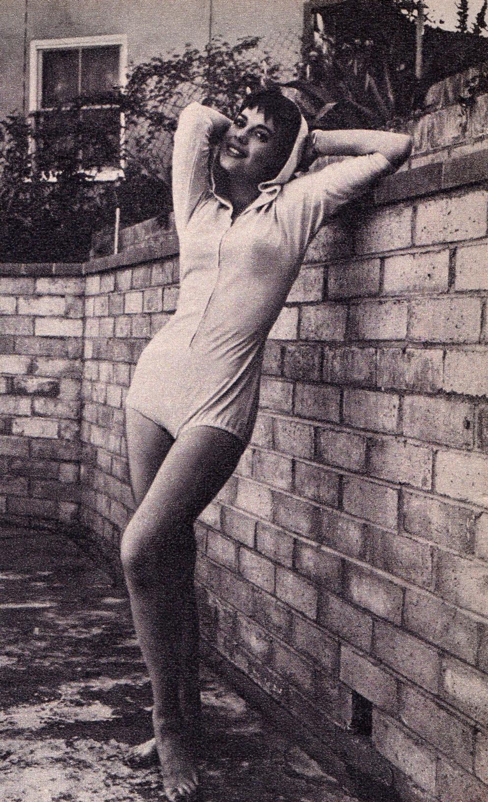 https://pics.wikifeet.com/Natalie-Wood-Feet-2052519.jpg