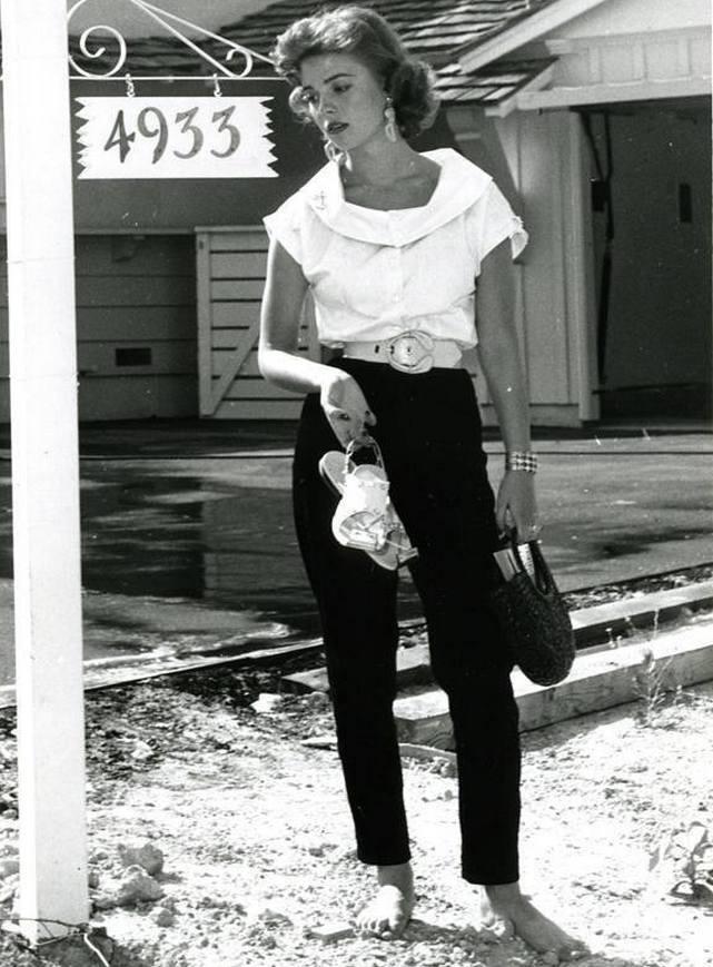 https://pics.wikifeet.com/Natalie-Wood-Feet-2970333.jpg