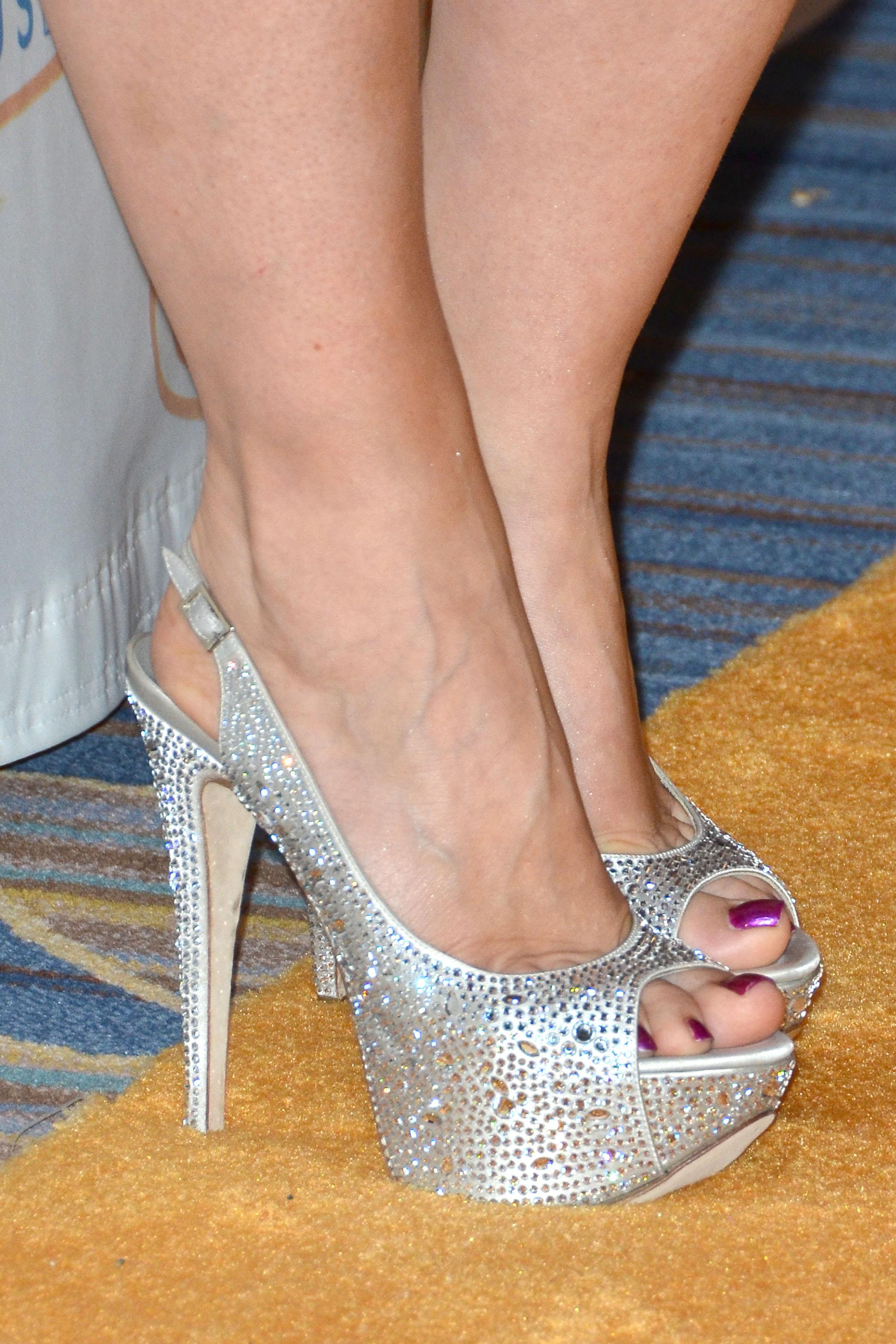 Natasha Bedingfields Feet
