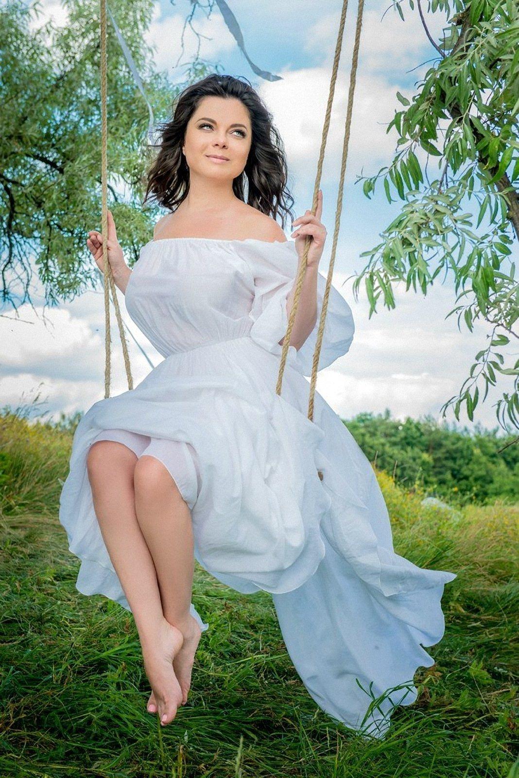 http://pics.wikifeet.com/Natasha-Korolyova-Feet-1451128.jpg