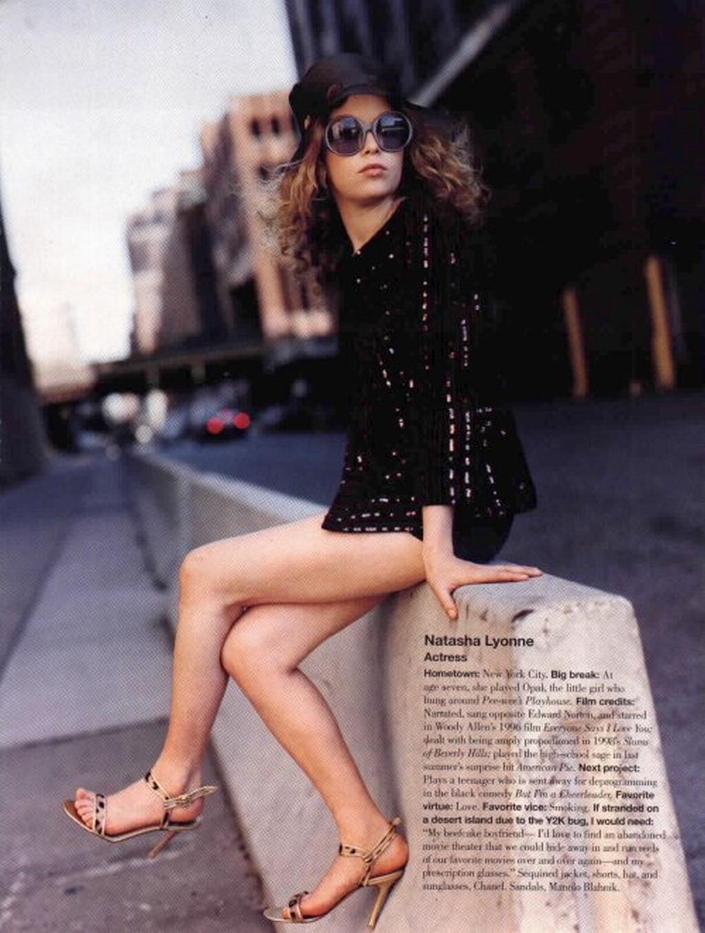 Natasha Lyonne - Wallpaper Actress