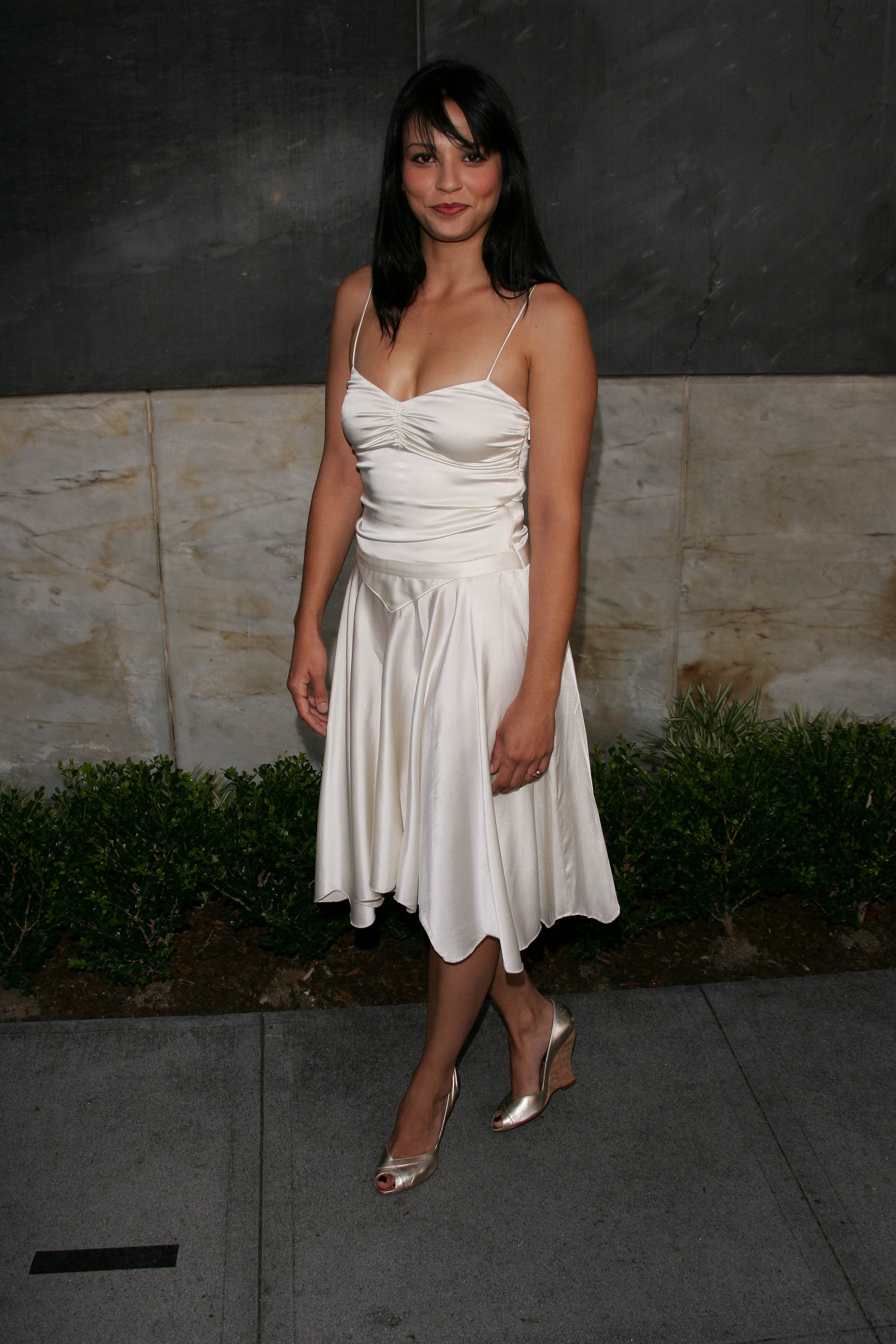 Celebrity Navi Rawat Actresses United States Navi Rawat HD ...