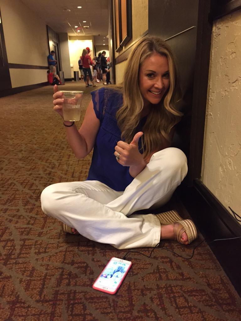 Nicole-Briscoe-Feet-2359635.jpg