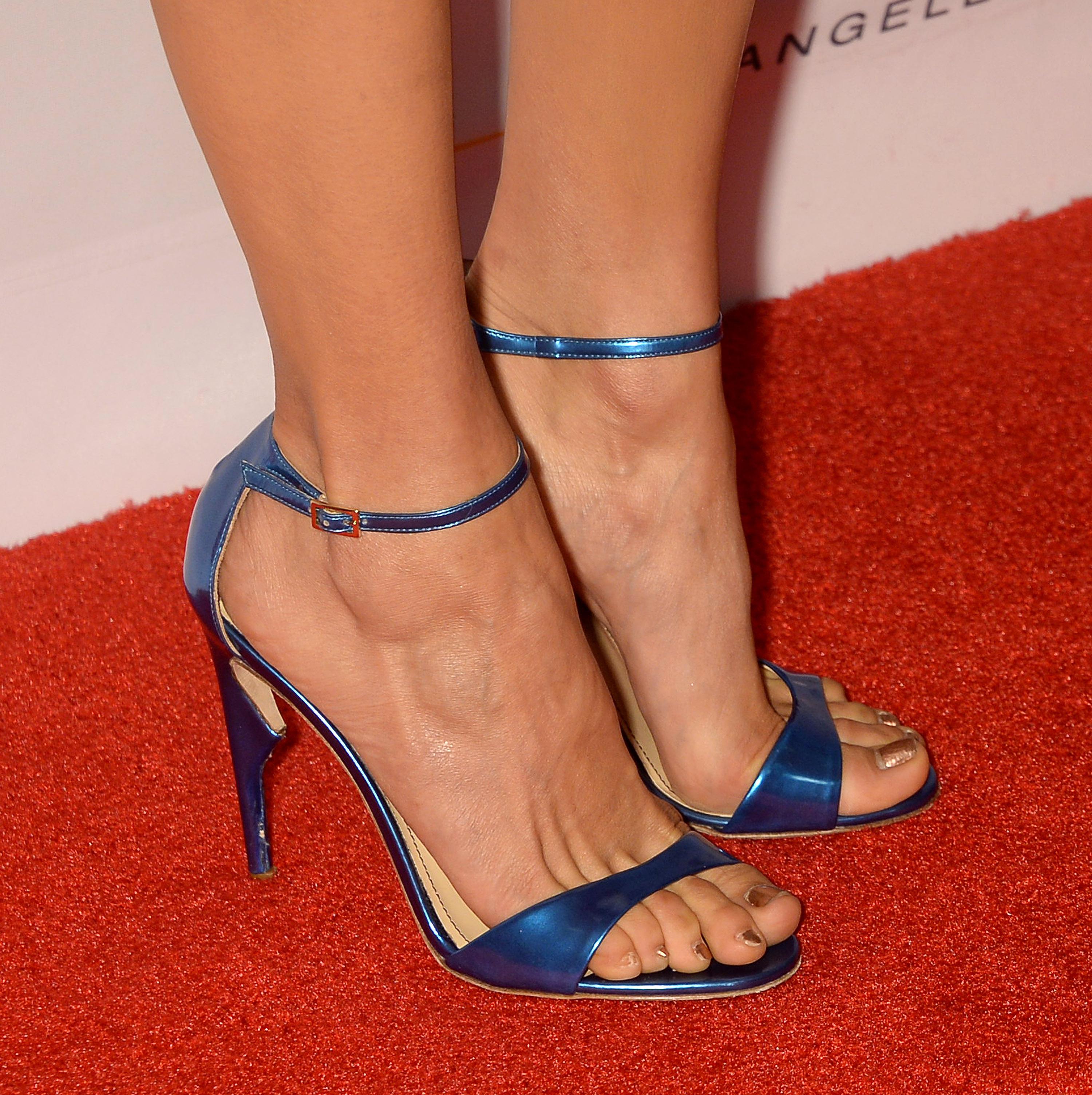 nina elle pornstar feet toes
