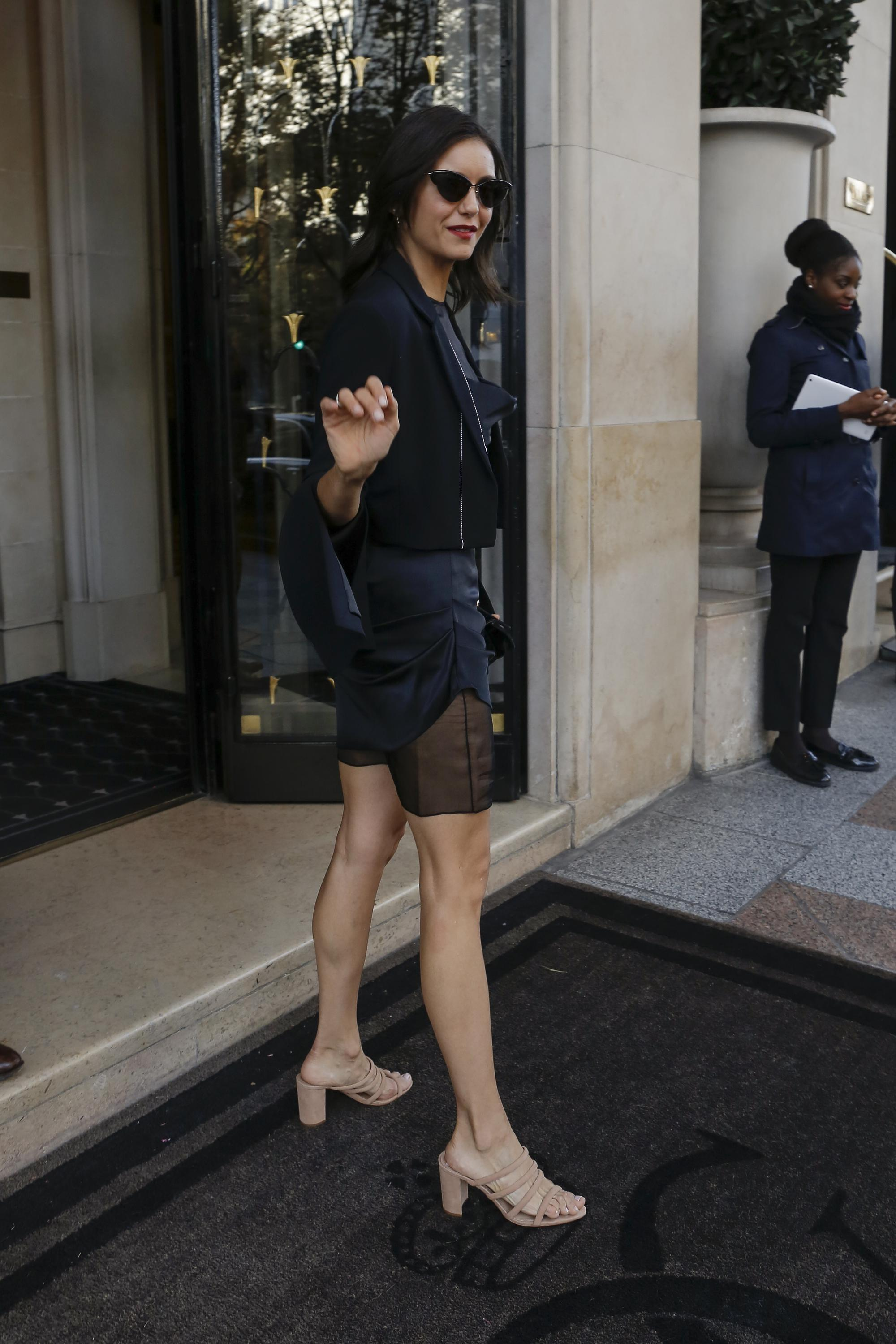 Feet Nina Dobrev ? nudes (17 foto and video), Ass, Fappening, Selfie, see through 2006