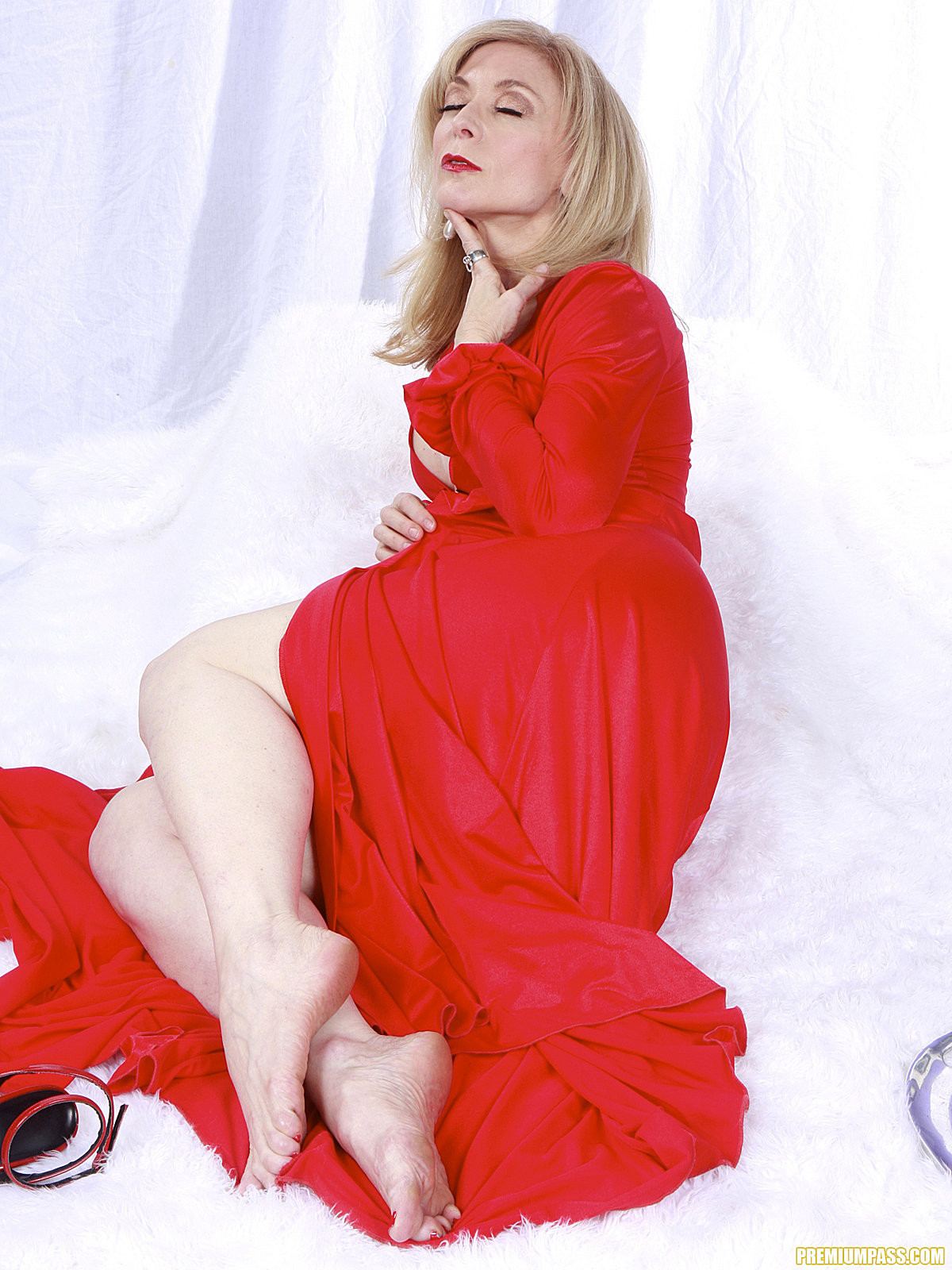 Nina hartley feet pics