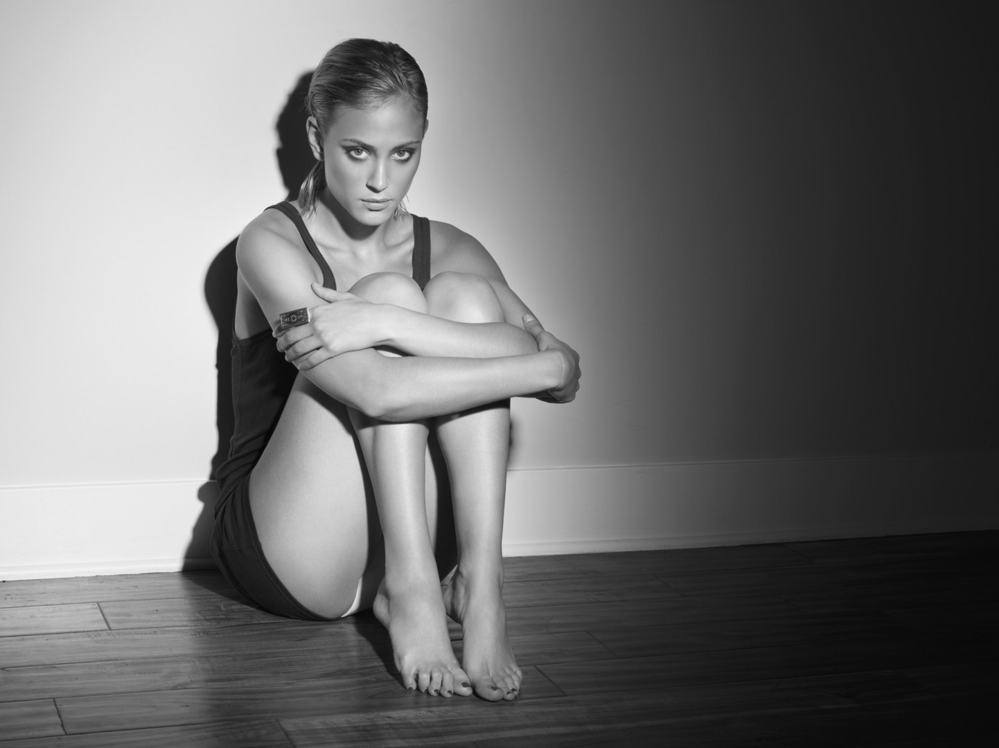 Picture of Nora Arnezeder