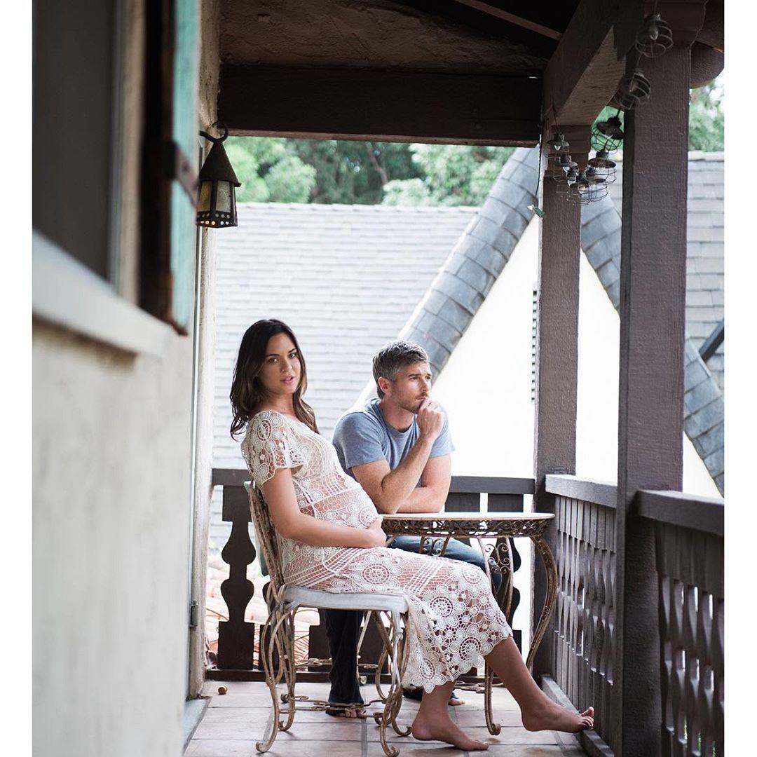 https://pics.wikifeet.com/Odette-Annable-Feet-2221798.jpg