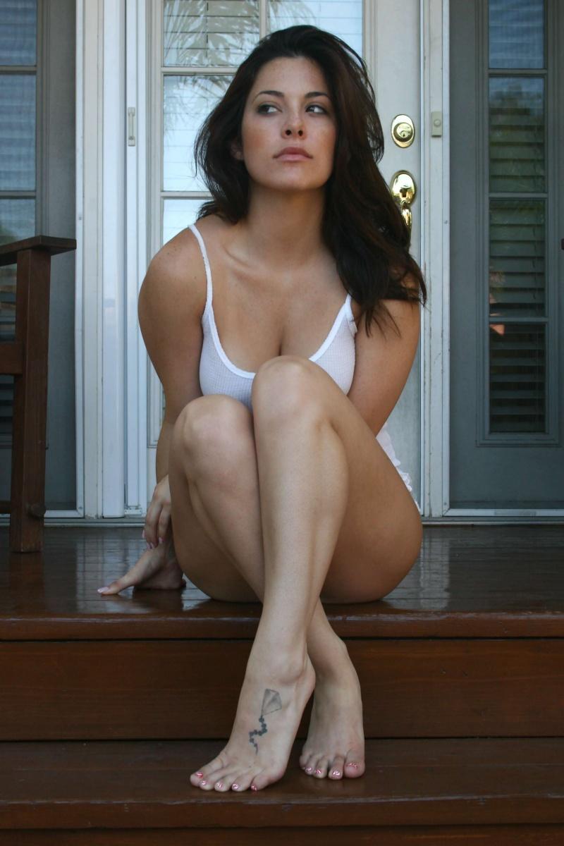 Olivia Alexander Nude Photos 87