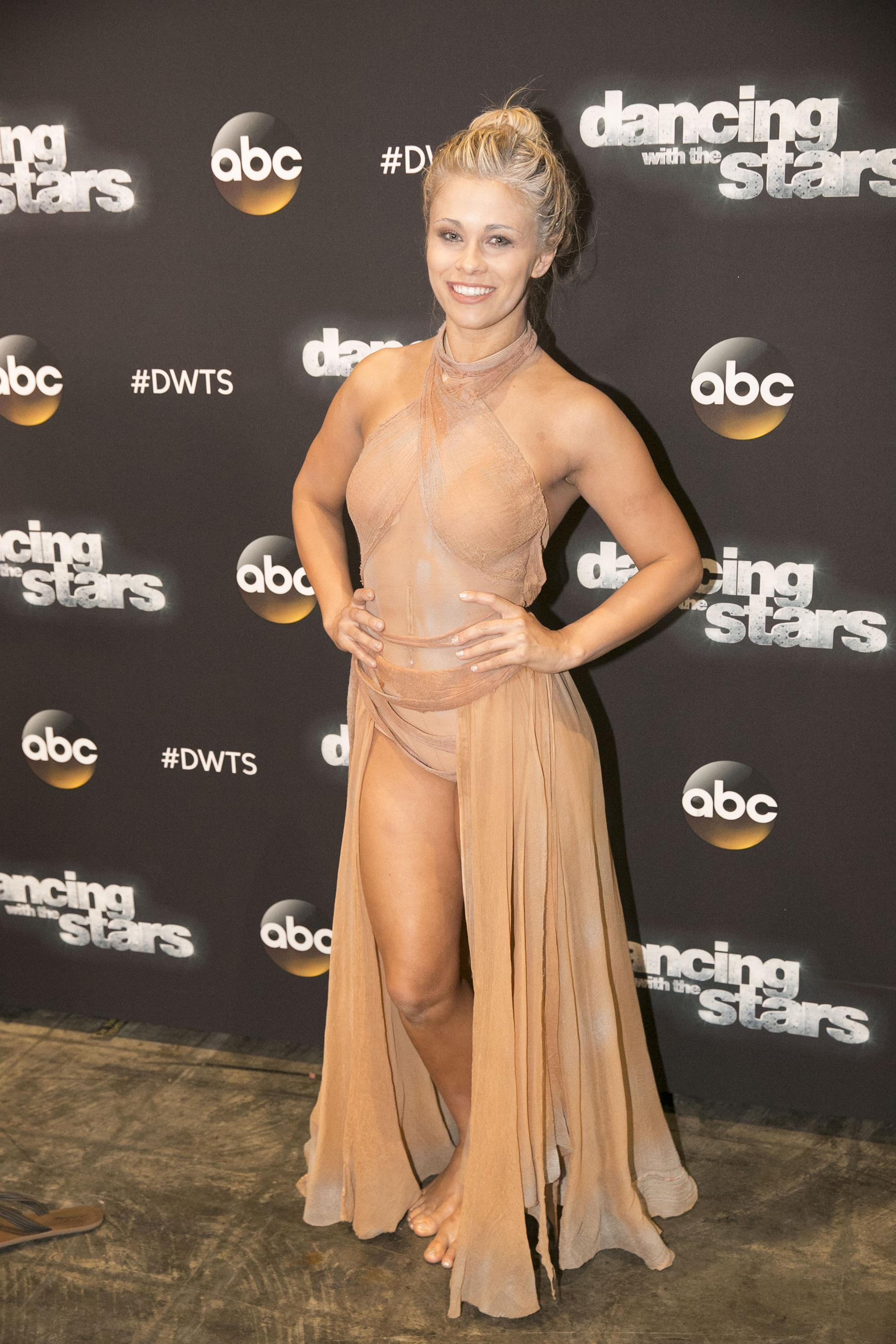 grylls-nude-women-of-dwts-nude-interracial-granny-mture