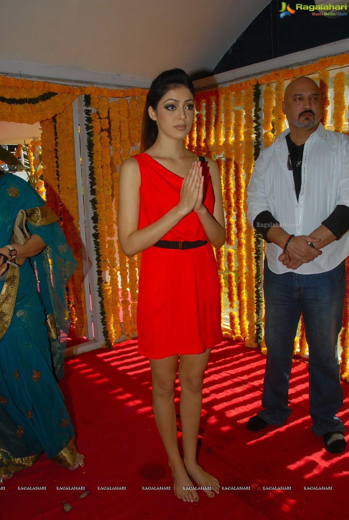 https://pics.wikifeet.com/Parvati-Melton-Feet-1486534.jpg
