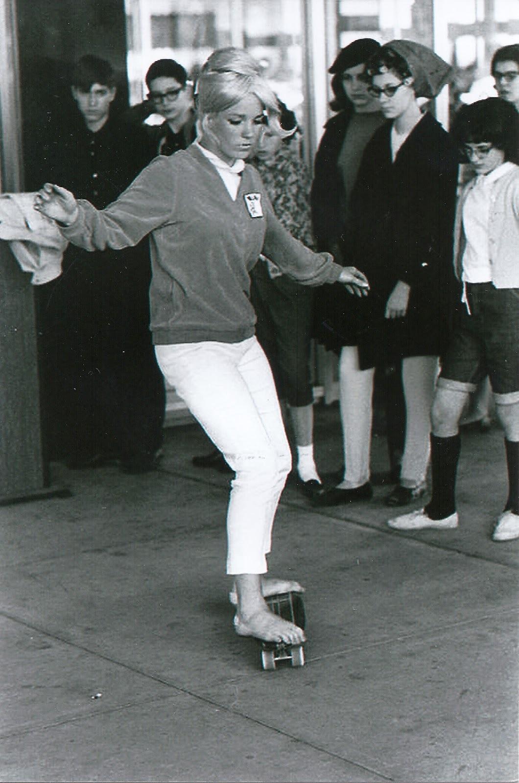 https://pics.wikifeet.com/Patti-McGee-Feet-1202321.jpg