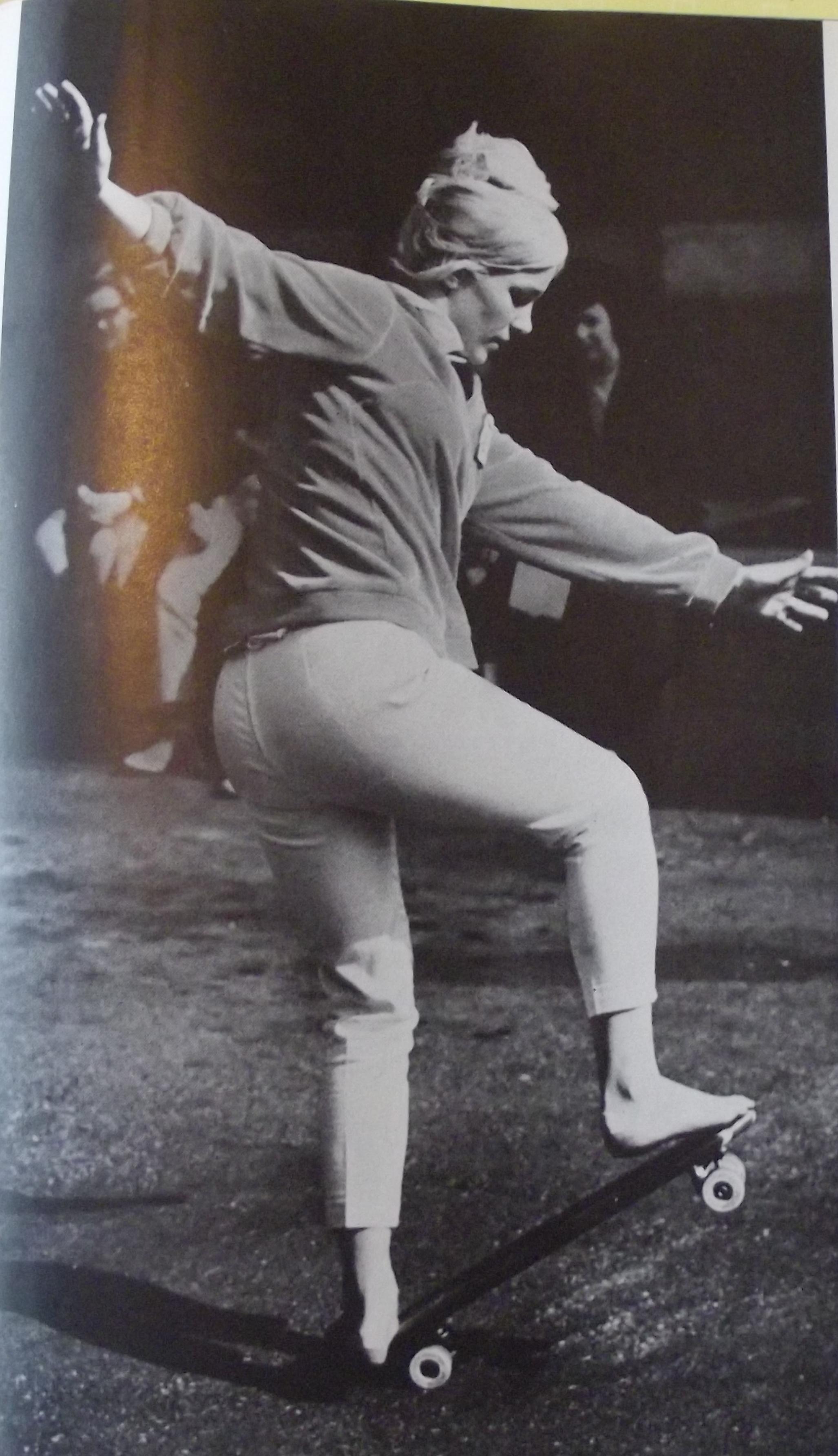 https://pics.wikifeet.com/Patti-McGee-Feet-1202322.jpg
