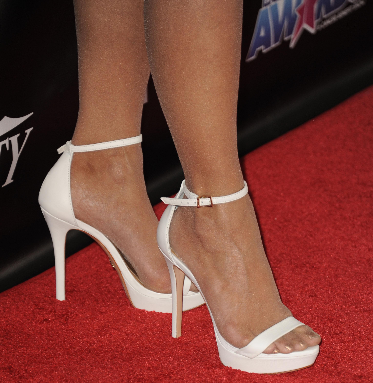 Paula Abdul Shoe Size