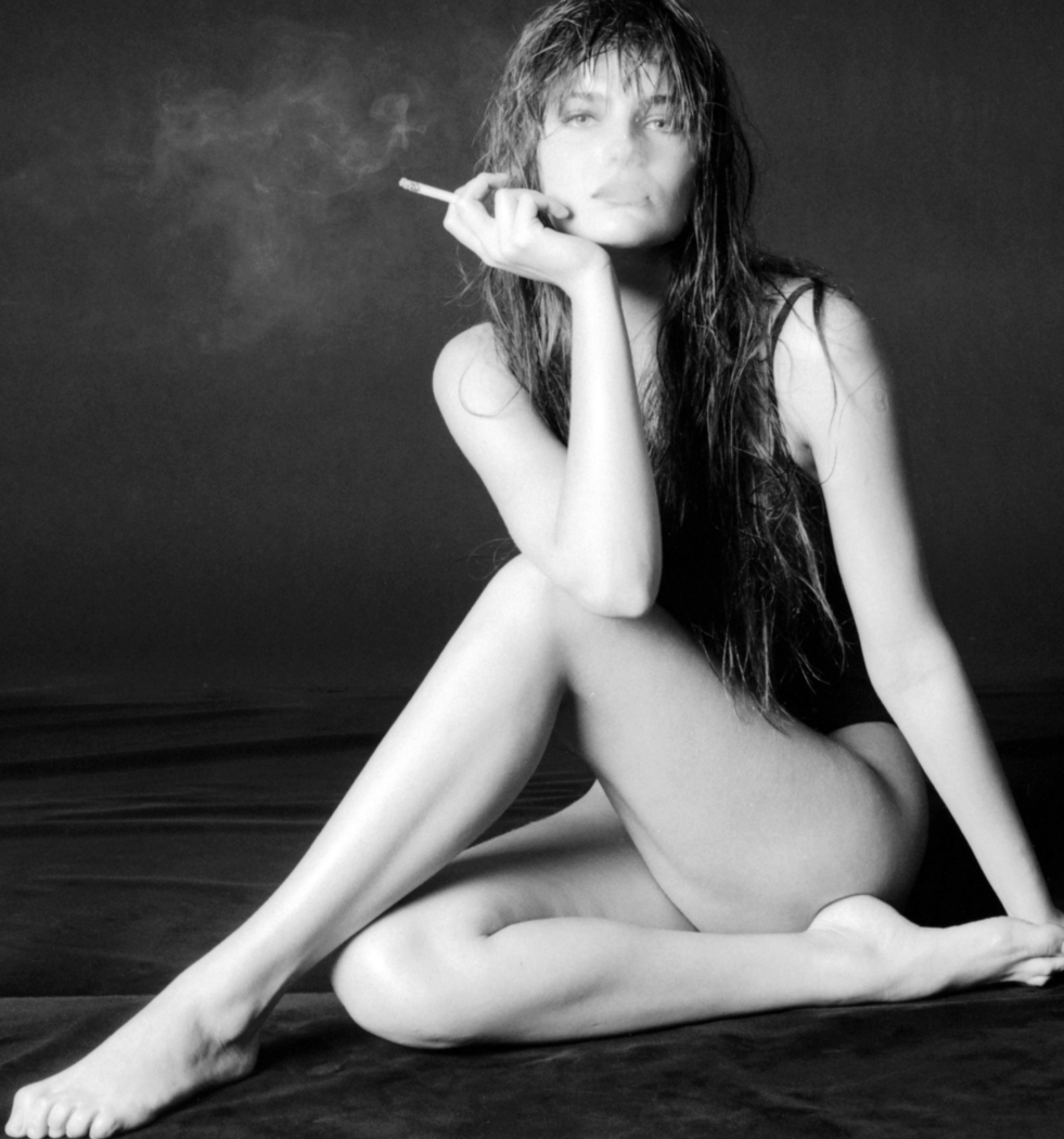milla jovovich nude nd feet