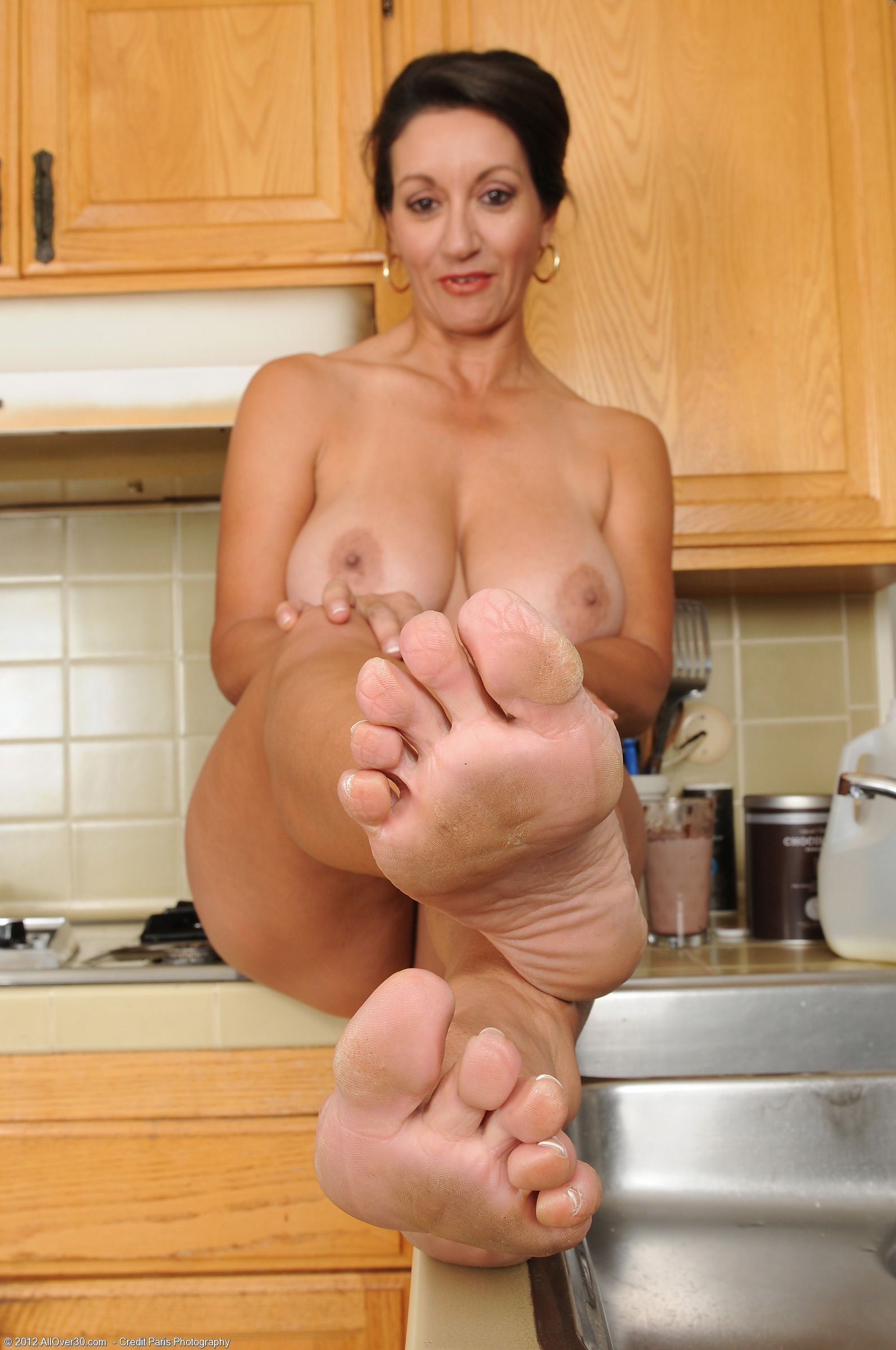 Persia Monir Feet