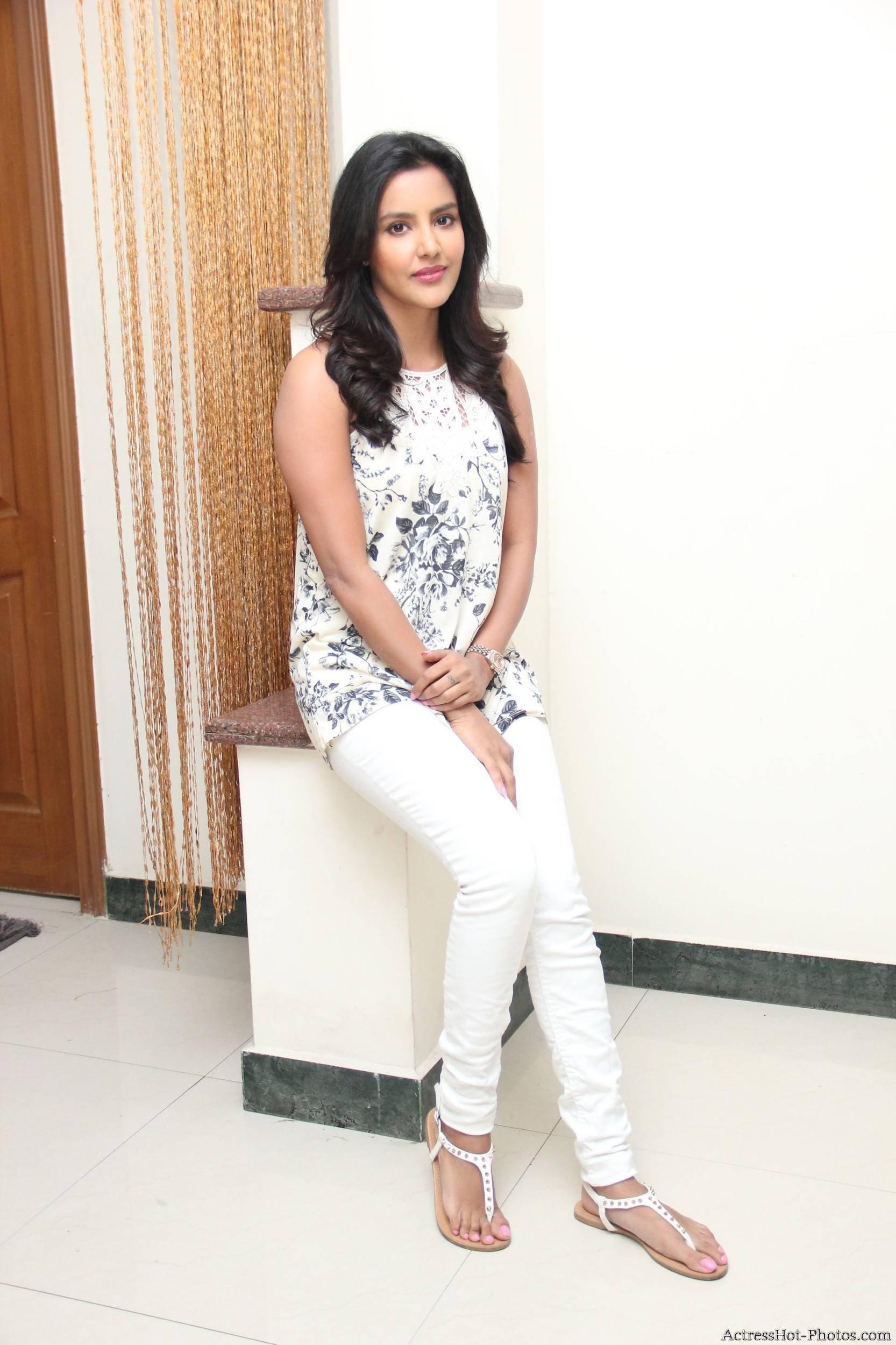 Priya feet